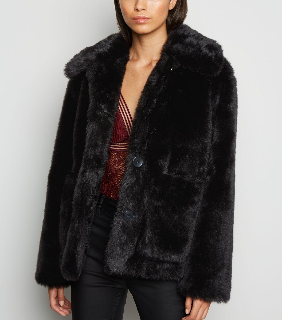 black-faux-fur-short-coat